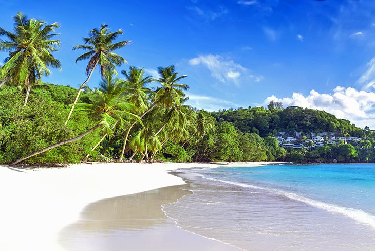 Baie Lazare, places to visit in Seychelles island