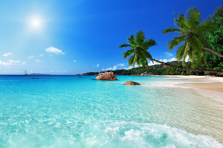 Anse Lazio, places to visit in Seychelles island