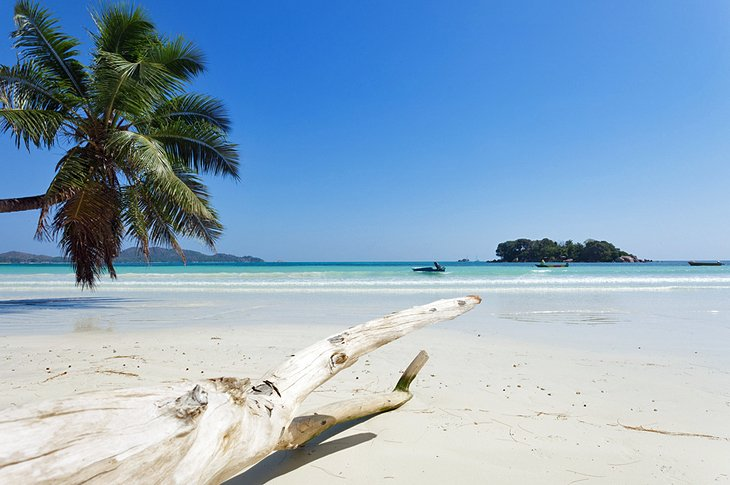 Anse Volbert, places to visit in Seychelles island
