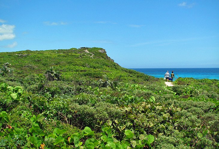 Crossing Place Trail Hike, Middle Caicos