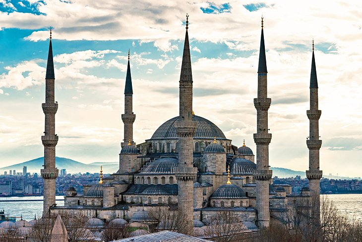20 Top-Rated Tourist Attractions in Istanbul  PlanetWare