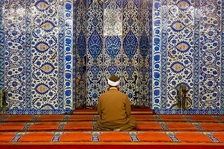 Rüstem Pasa Mosque