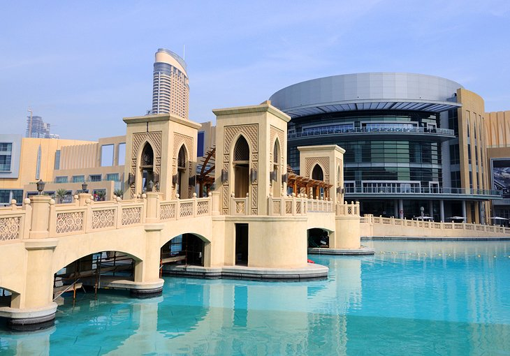 Dubai Mall, places to visit in Dubai, best places in Dubai