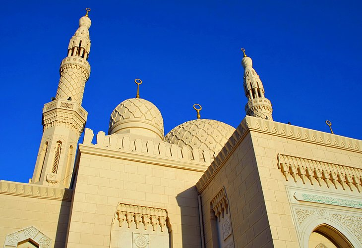 Jumeirah Mosque, places to visit in Dubai