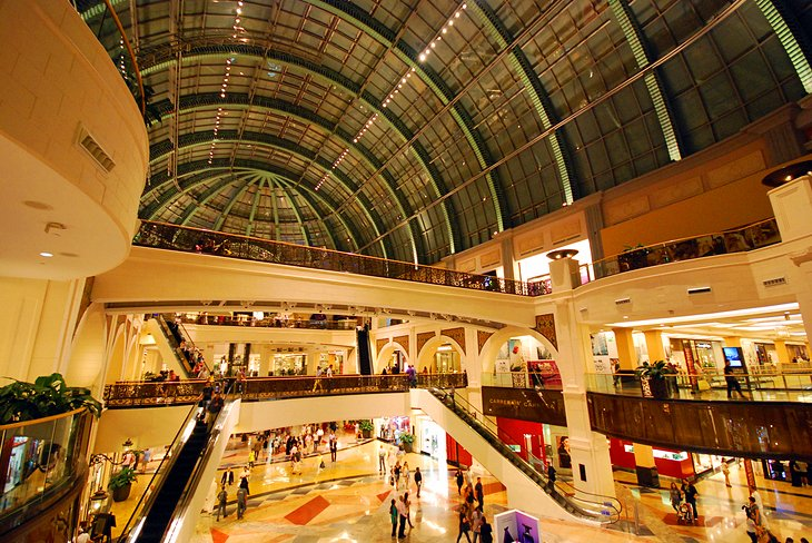 Mall of the Emirates, places to visit in Dubai