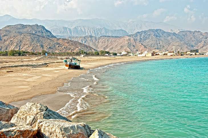12 TopRated Tourist Attractions in Fujairah PlanetWare