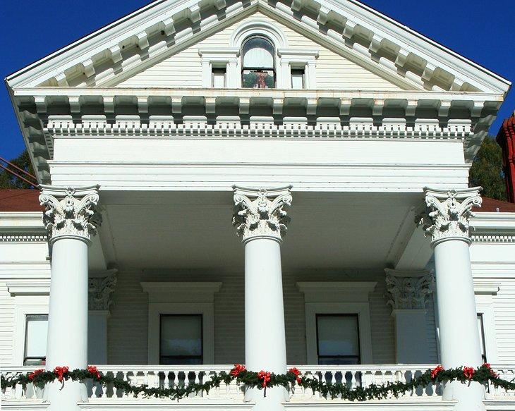 Dunsmuir Hellman Historic Estate