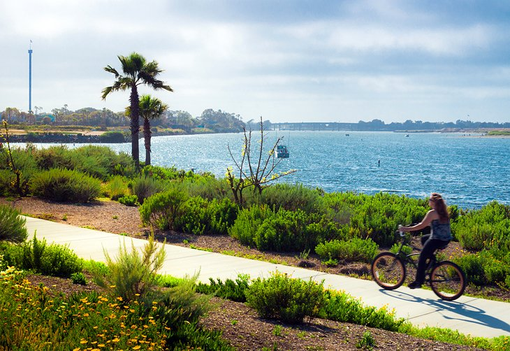 Bike along the San Diego Coast