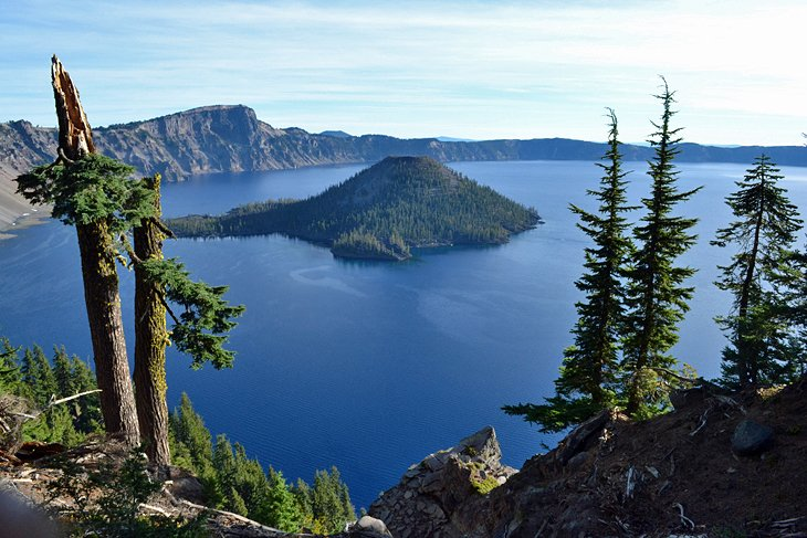 View from the Rim Trail of Crater Lake and Wizard Island