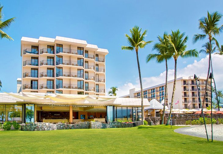 Photo Source: Courtyard by Marriott King Kamehameha's Kona Beach Hotel