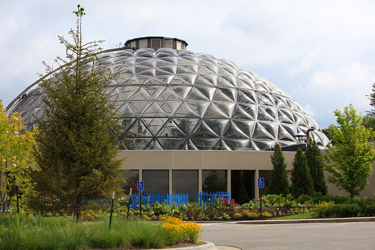 12 top rated tourist attractions in des moines planetware - Greater des moines botanical garden ...