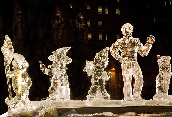 Night ice sculpture