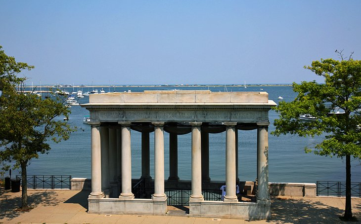 Plymouth Rock and Pilgrim Memorial State Park