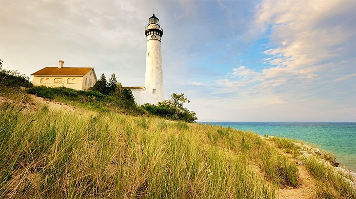 12 Top-Rated Tourist Attractions in Michigan | PlanetWare
