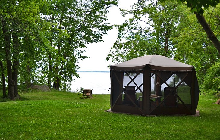 A pop-up tent next to Leech Lake at the Stony Point Campground