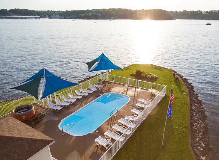9 Top-Rated Resorts at Lake of the Ozarks | PlanetWare