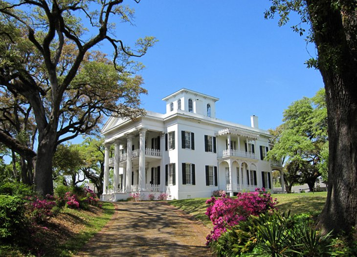 Southern Plantation Home Tours