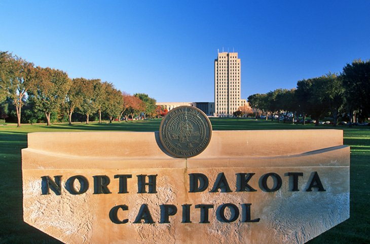 12 TopRated Tourist Attractions in South Dakota – North Dakota Tourist Attractions Map
