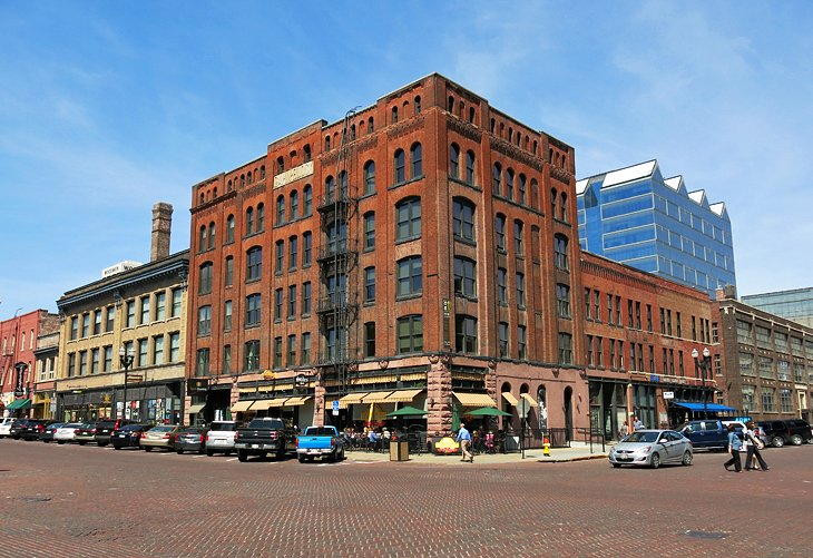 Omaha Tourist Attractions | Hotel Downtown Omaha, Capitol
