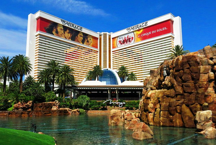 20 top rated tourist attractions in las vegas planetware for Garden statues las vegas nv