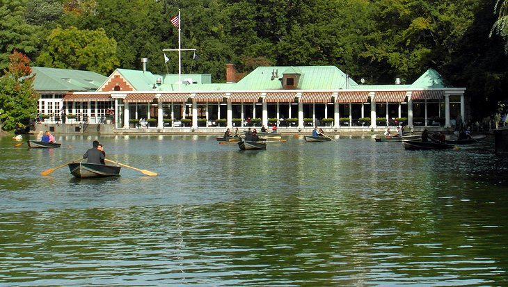 Loeb Boathouse on The Lake