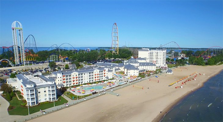 Photo Source: Cedar Point's Hotel Breakers