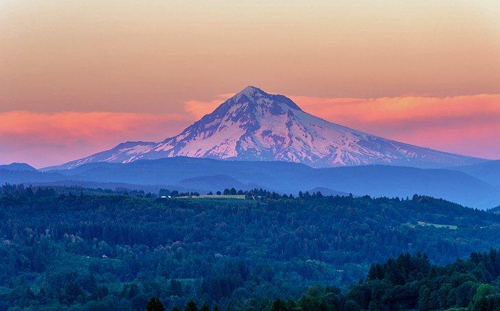 This is the image of Mount Hood,  Us-oregon-mount-hood-2