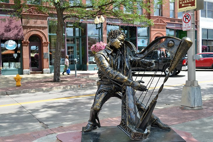 10 Top-Rated Attractions & Things to Do in Sioux Falls, SD | PlanetWare