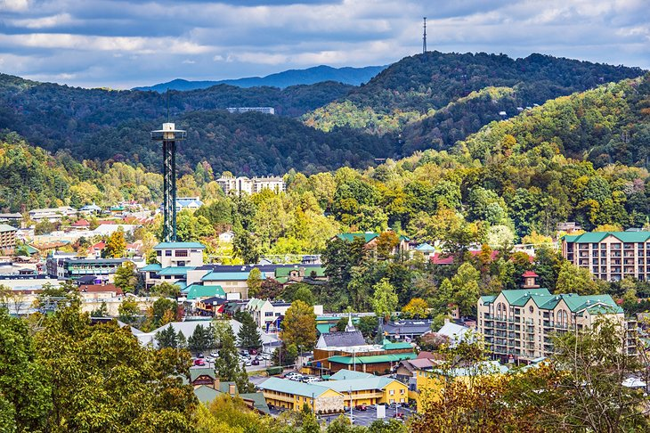 8 top rated tourist attractions in gatlinburg and the for Dining near gatlinburg tn