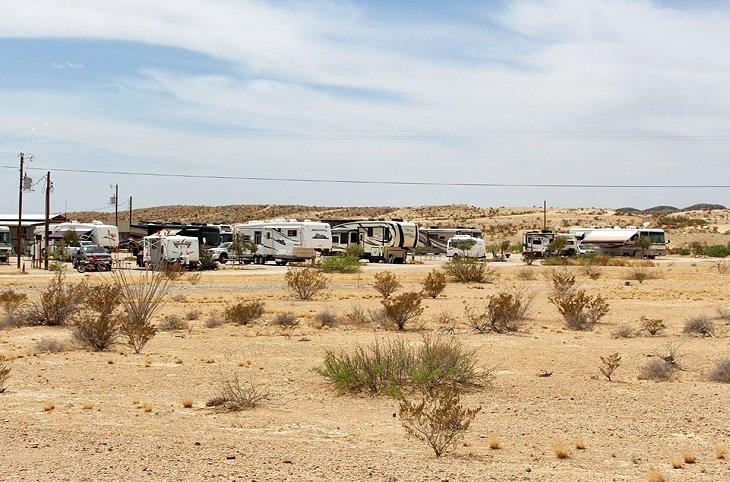 Parque de caravanas de BJ