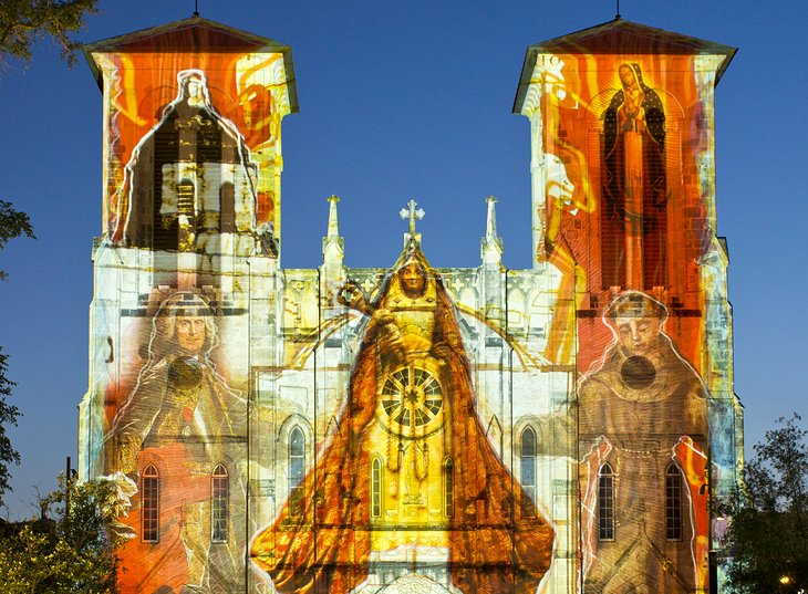 The Saga projected on San Fernando Cathedral