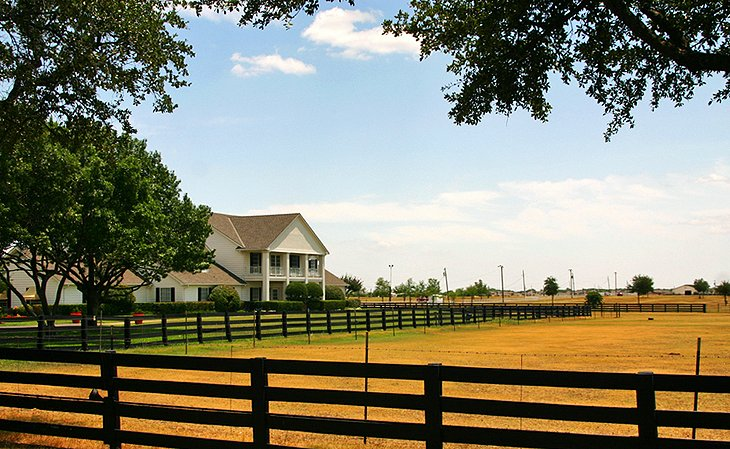 Soap Opera Superstar: Southfork Ranch