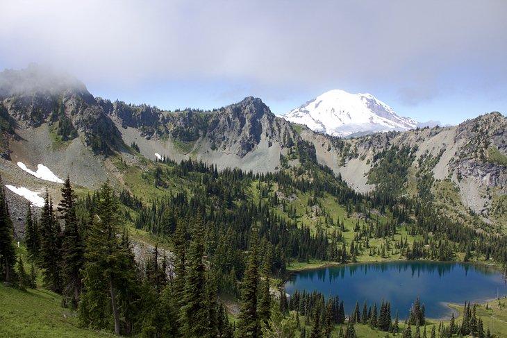 Crystal Lakes