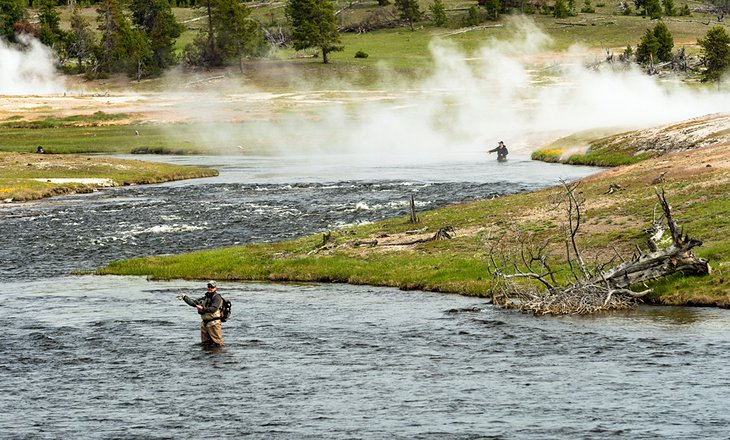 10 top rated fly fishing destinations in wyoming planetware for Yellowstone park fishing report