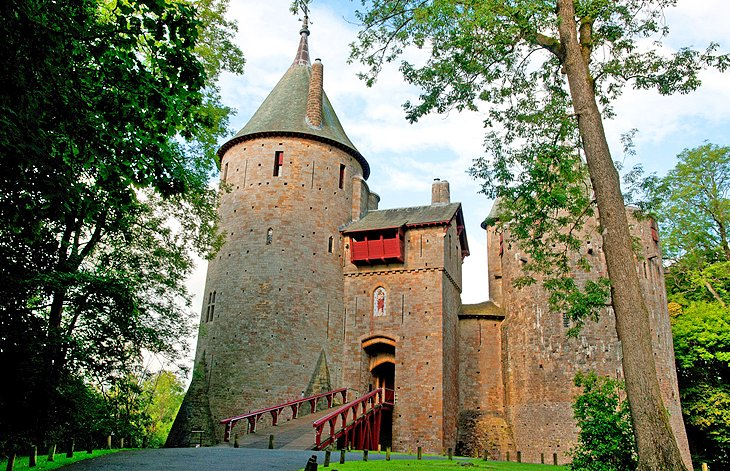The Red Castle: Castell Coch