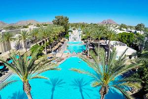 14 Top-Rated Resorts in the Phoenix Area