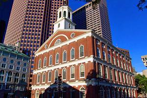 Boston neighborhoods guide what to visit for tourists.