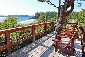 10 Top-Rated Resorts in Tofino, BC