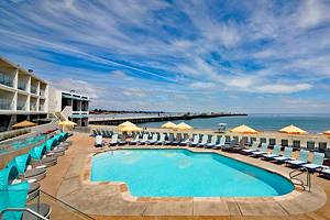 16 Top-Rated Hotels in Santa Cruz, CA