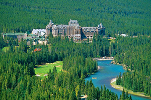 12 Top-Rated Resorts in Alberta