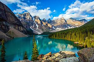 15 Top-Rated Tourist Attractions in Canada