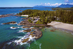 14 Top-Rated Resorts in British Columbia