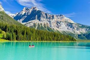 11 Top-Rated Lakes in British Columbia