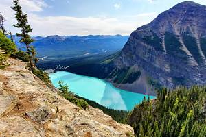 8 Best Hikes at Lake Louise