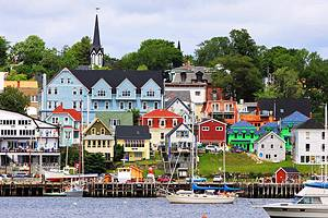 Historic Lunenburg and Mahone Bay: A Visitor's Guide