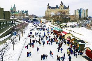 Exploring the Historic Rideau Canal: A Visitor's Guide