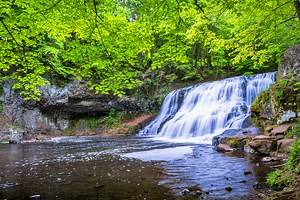 16 Best Waterfalls in Connecticut