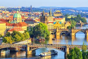 From Prague Airport to the City Center: 3 Best Ways to Get There
