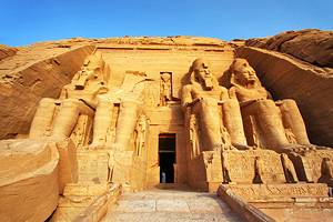 Exploring Abu Simbel: A Visitor's Guide