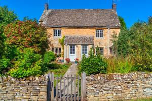 15 Best Villages in the Cotswolds